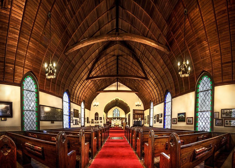 kostol drevený